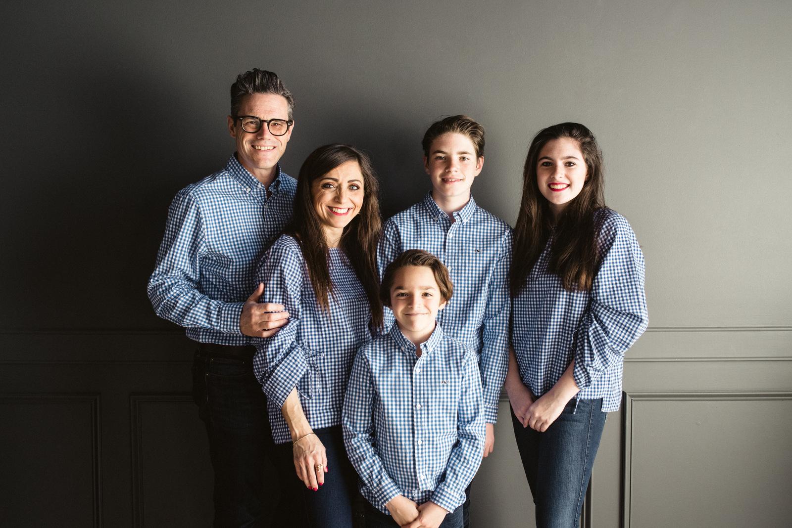 Family Easter Photos | House of Valentina-4.jpg