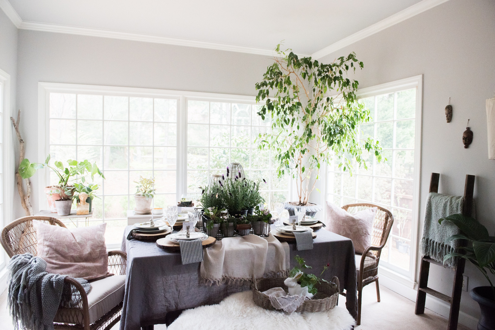 spring table | House of Valentina.jpg