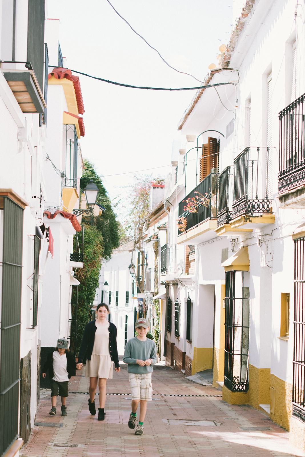 traveling-mama-visiting-marbella-8.jpg