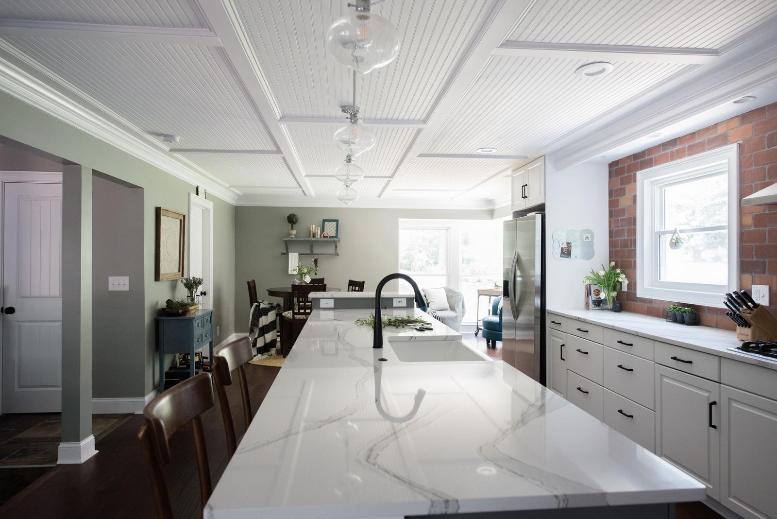 2770 roxburgh NEW HOME   House of Valentina-11.jpg