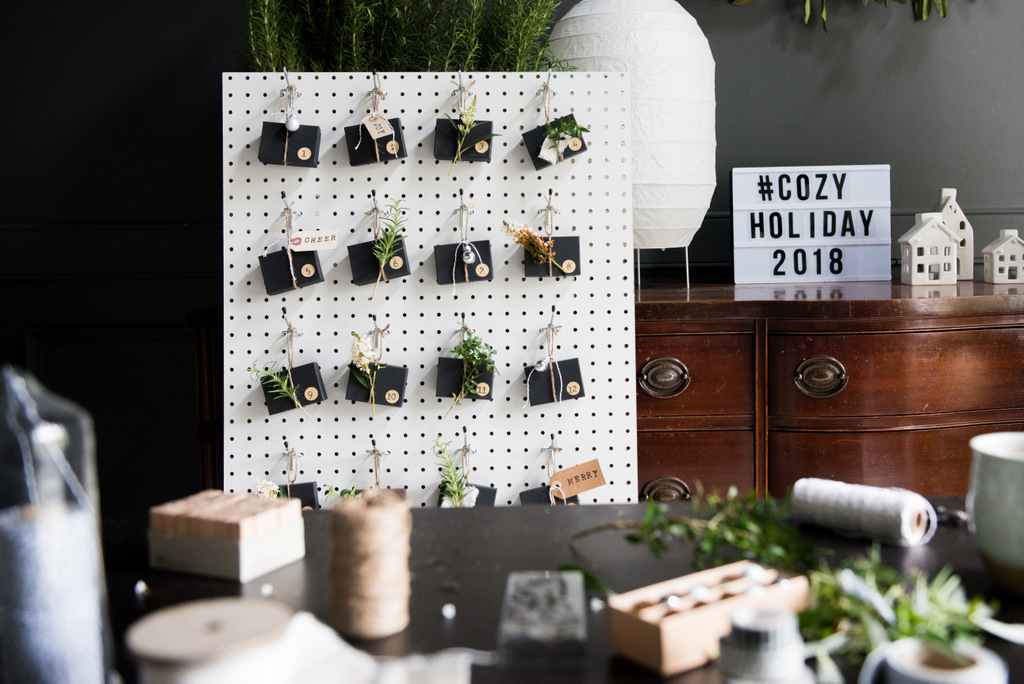 DIY Advent Pegboard2 | CozyHoliday2018   | House of Valentina.jpg