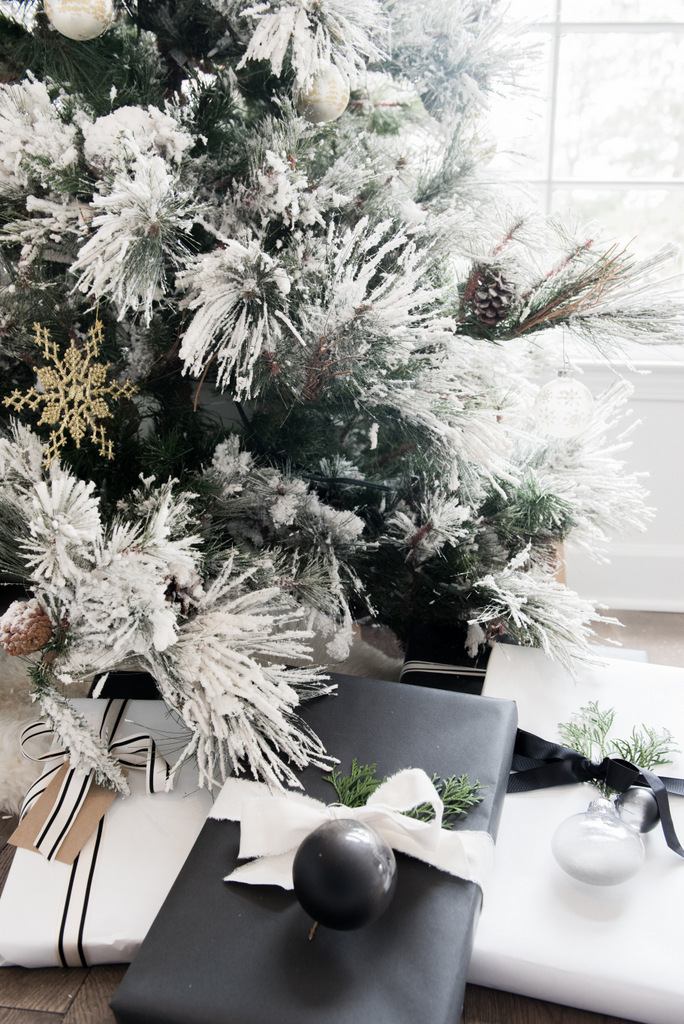 DIY Christmas Concrete Ornament  | House of Valentina-5.jpg