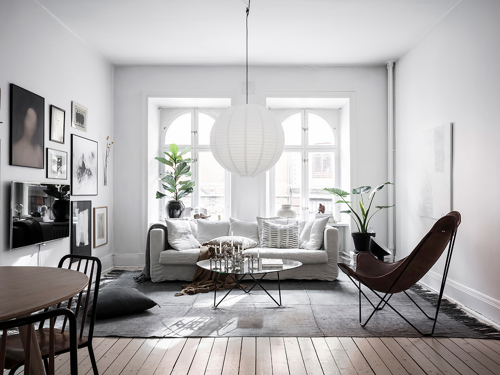 Paint the walls white to make a small room feel larger