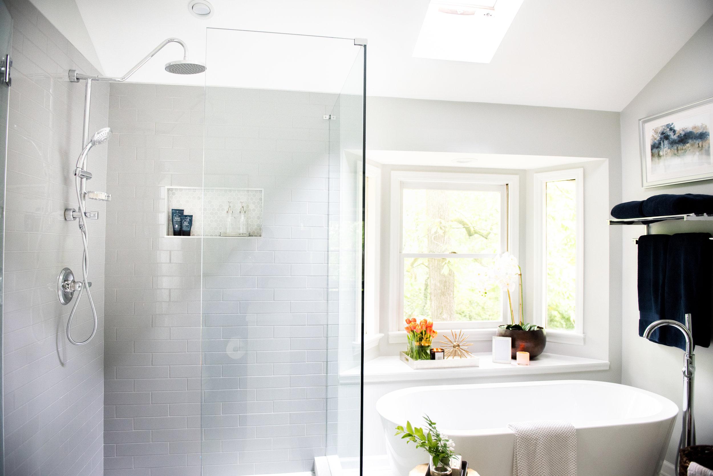 classic modern cozy master bathroom | House of Valentina-16.jpg