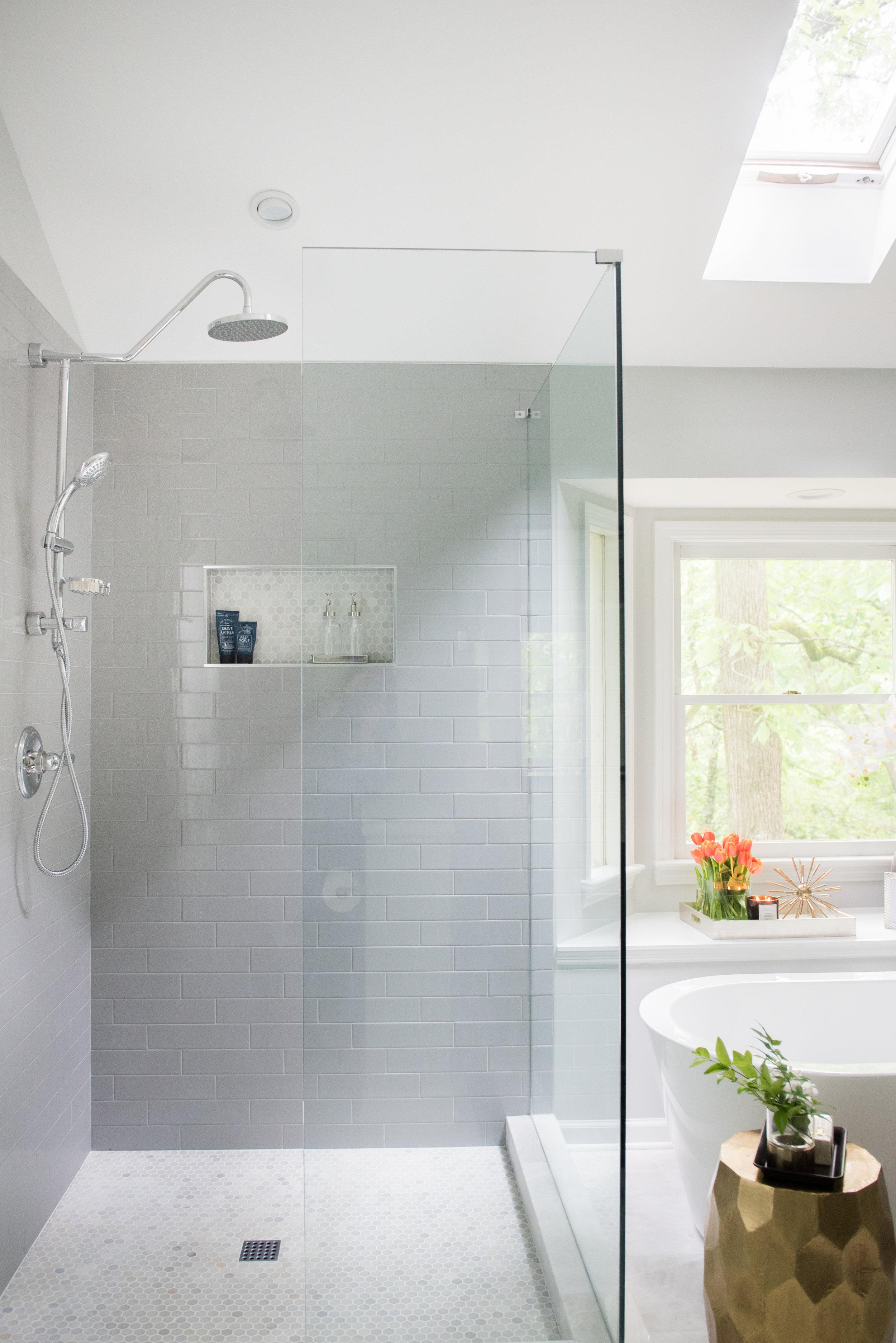 classic modern cozy master bathroom | House of Valentina-17.jpg