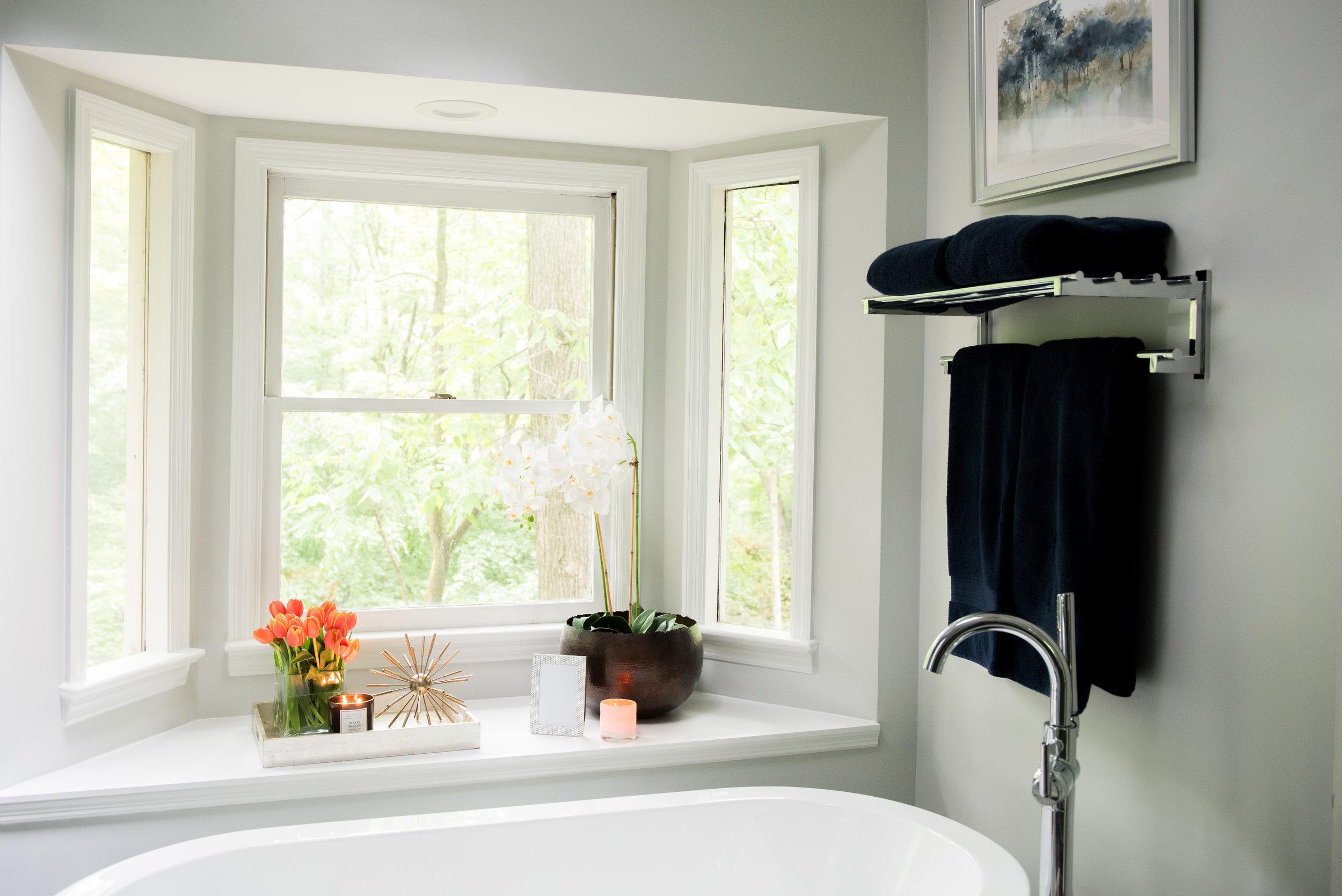 classic modern cozy master bathroom | House of Valentina-8.jpg