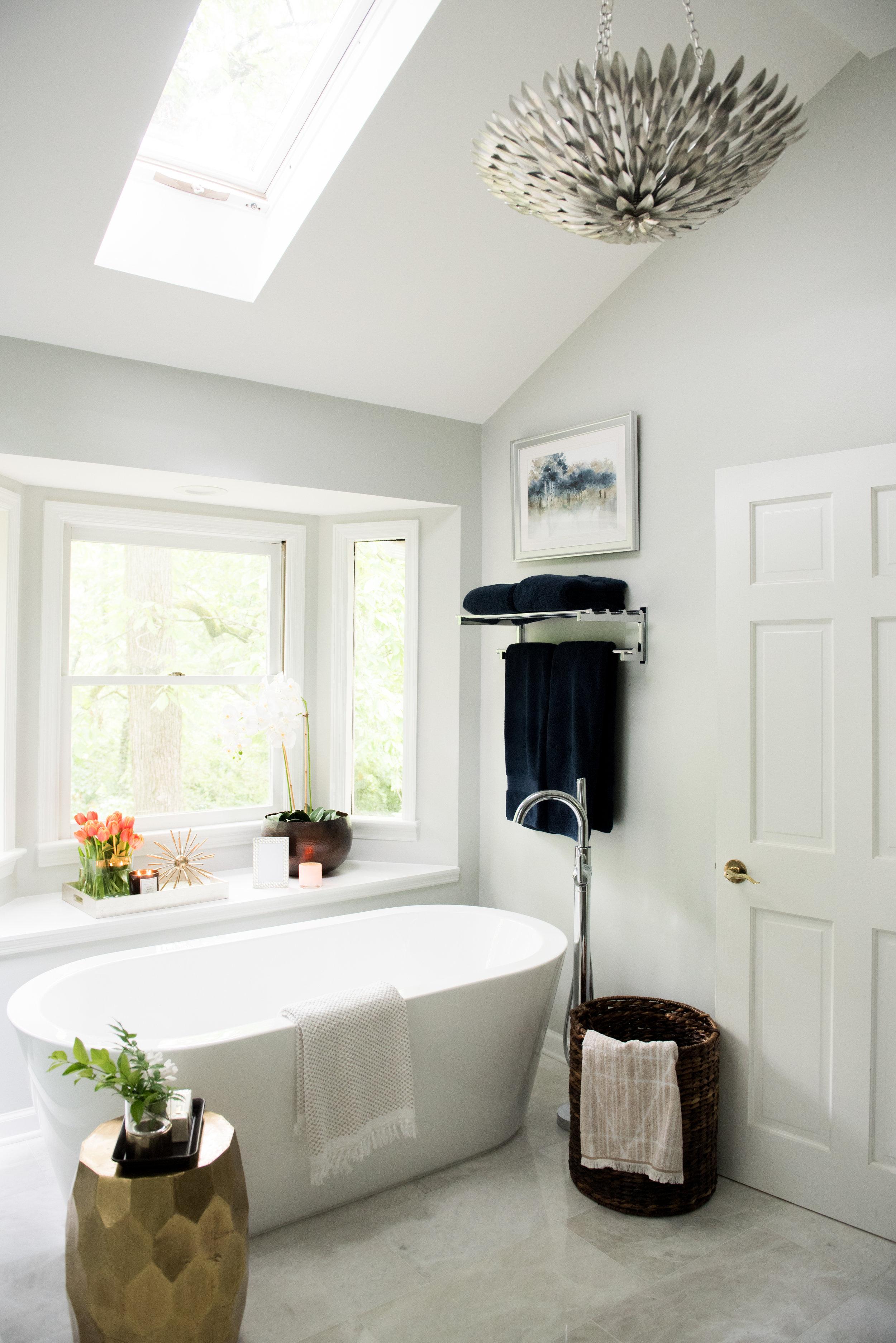 classic modern cozy master bathroom | House of Valentina-4.jpg