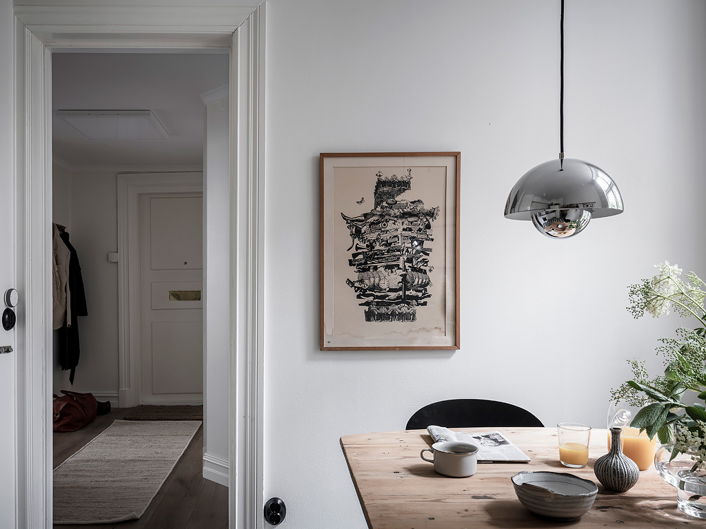 Always mix your textures and eras.  A white wall helps bring it all together .