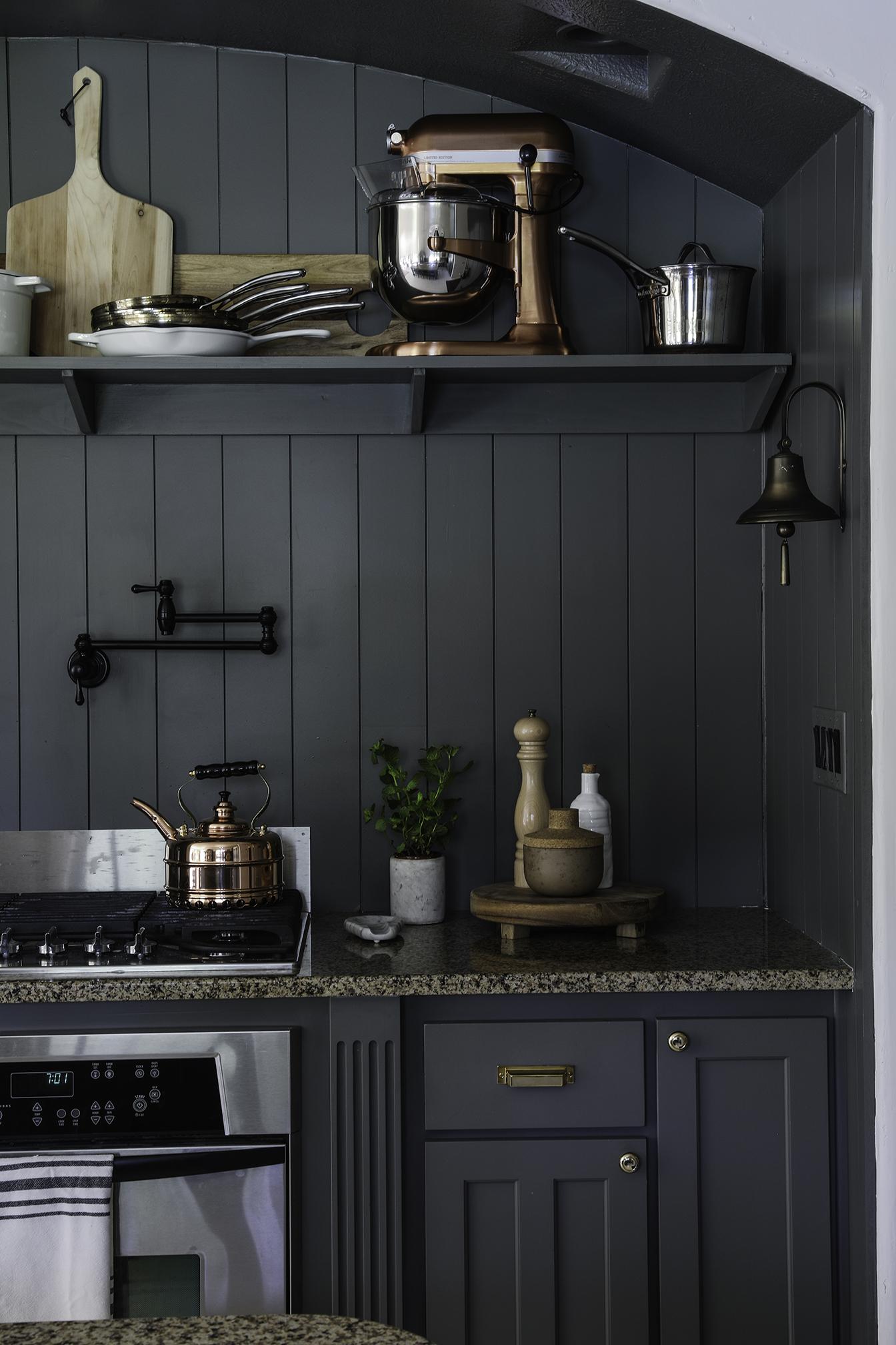 Budget Friendly modern cottage kitchen6.jpg