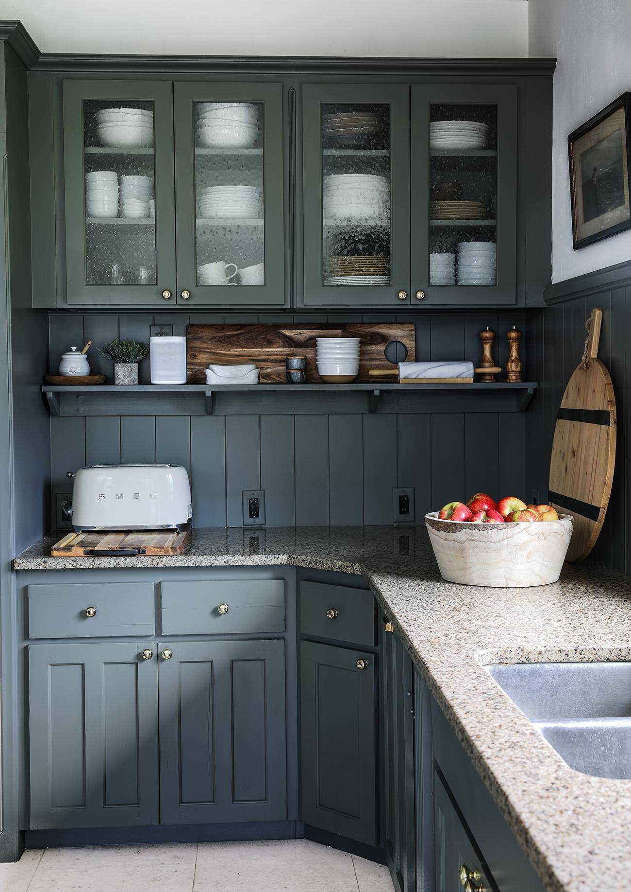 Budget Friendly modern cottage kitchen3.jpg