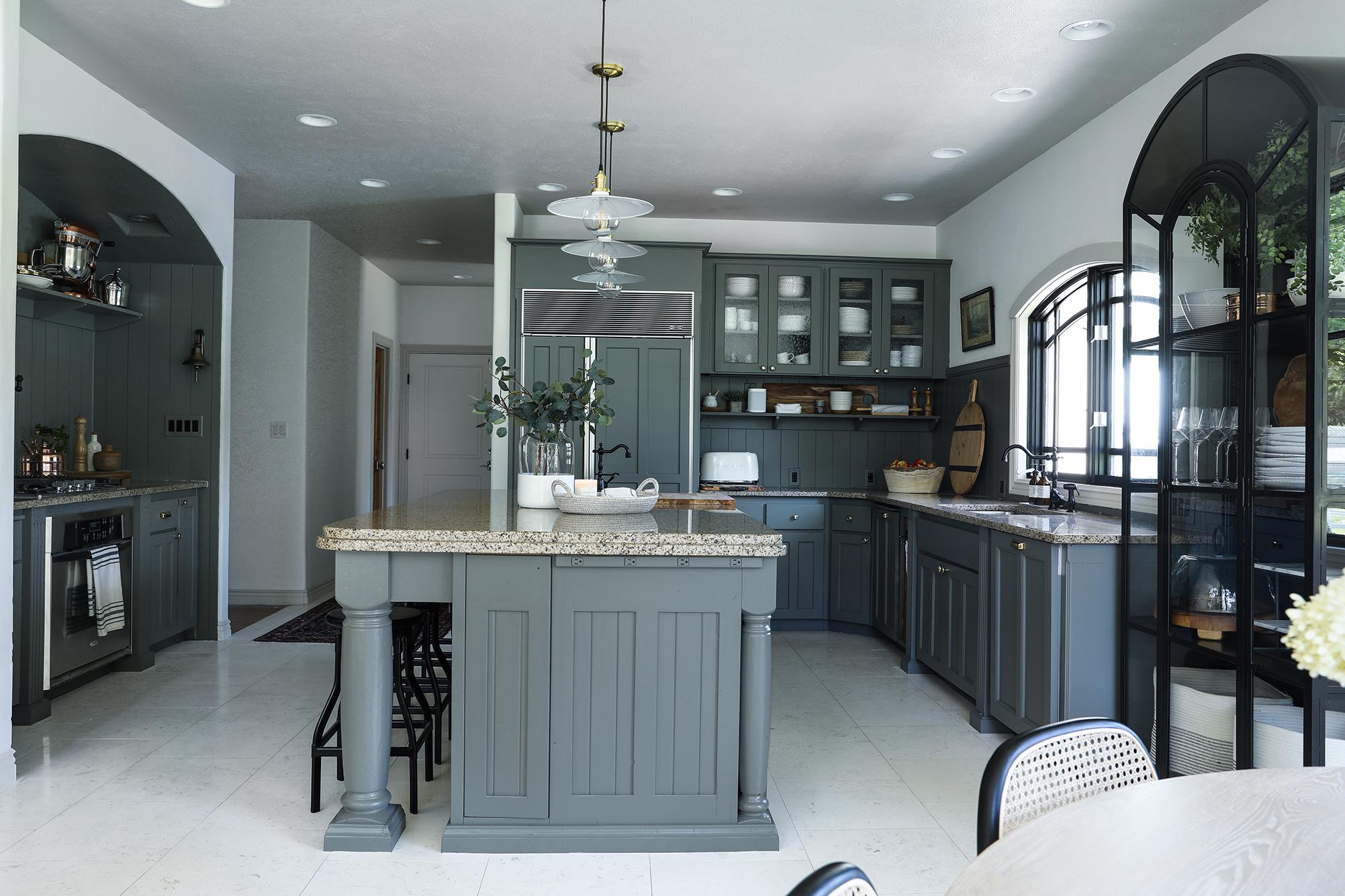 Budget Friendly modern cottage kitchen.jpg
