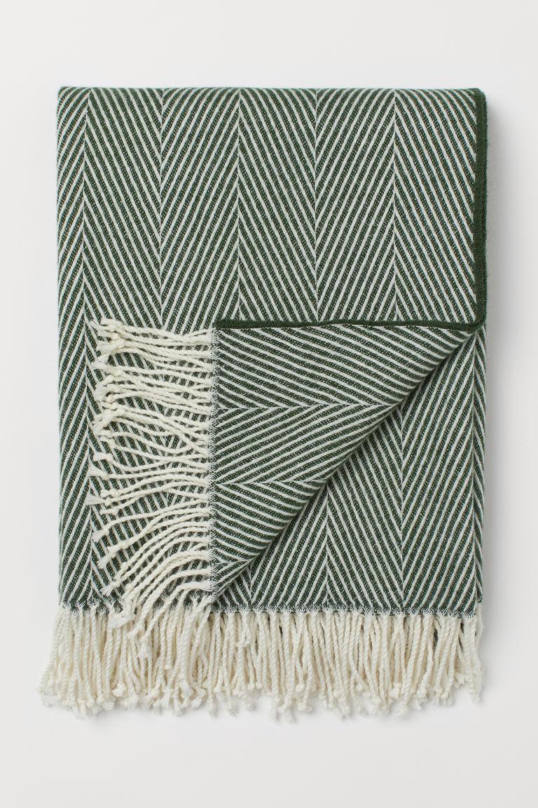 Best Fall Blankets | House of Valentina.jpg