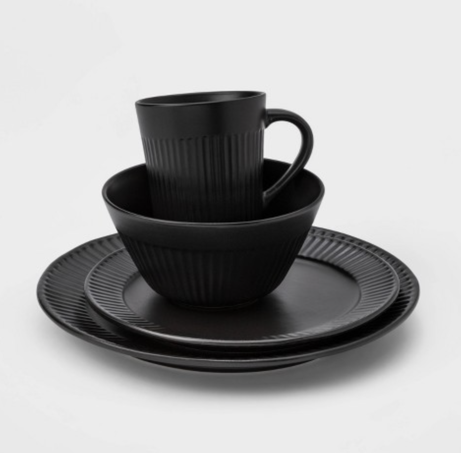 Black Modern Dish Set