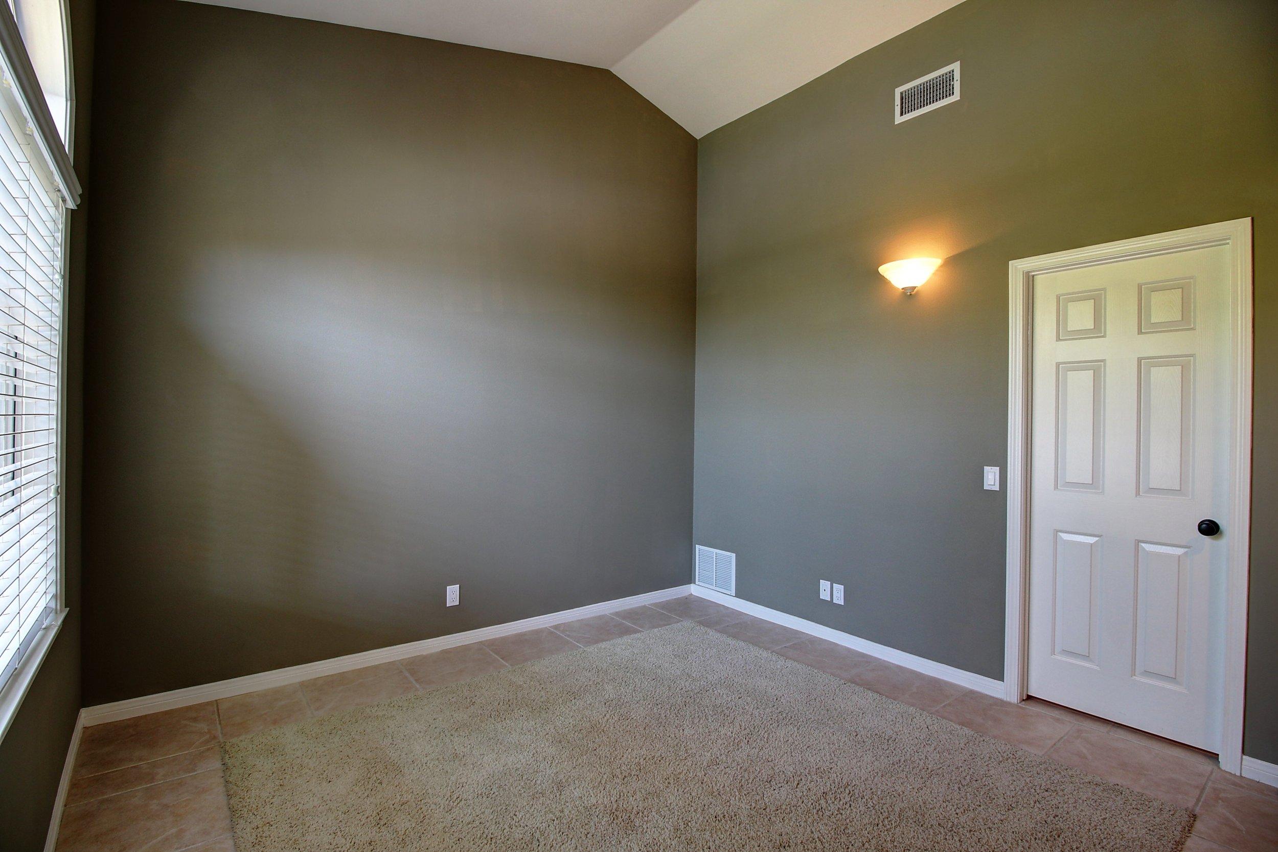 Office Guest room.jpg