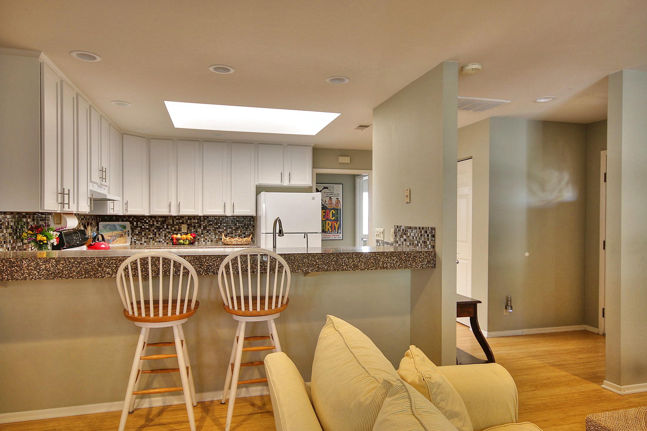 Back unit kitchen 2.jpg