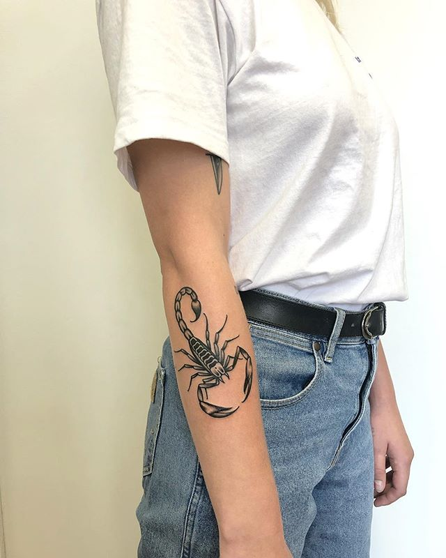 El Scorpion - Done @twohandstattoo. Thank you Lauren!