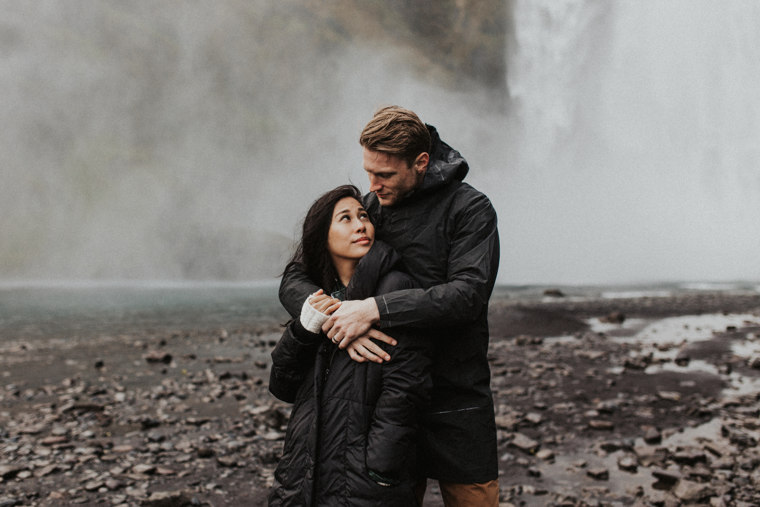Skógafoss waterfall couples anniversary photo session.jpg