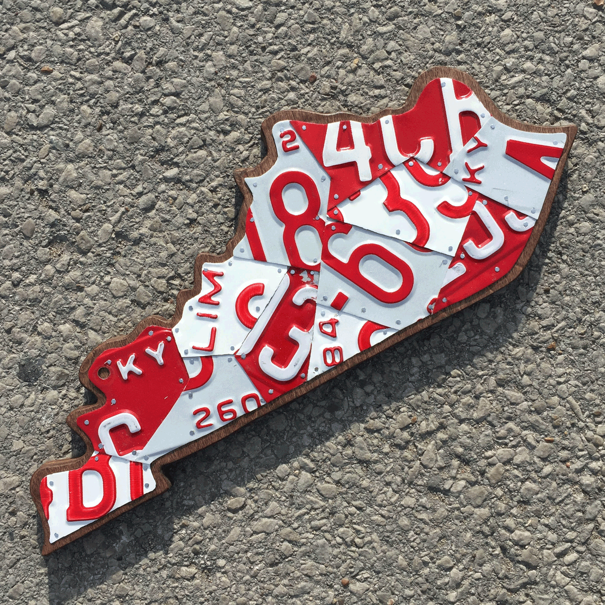 KY MEDIUM RED & WHITE - SIZE: 18 x 8 in.
