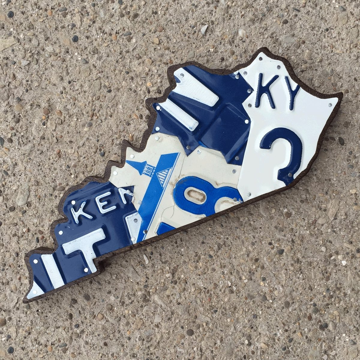 KY SMALL BLUE & WHITE - SIZE: 11 x 5 in.
