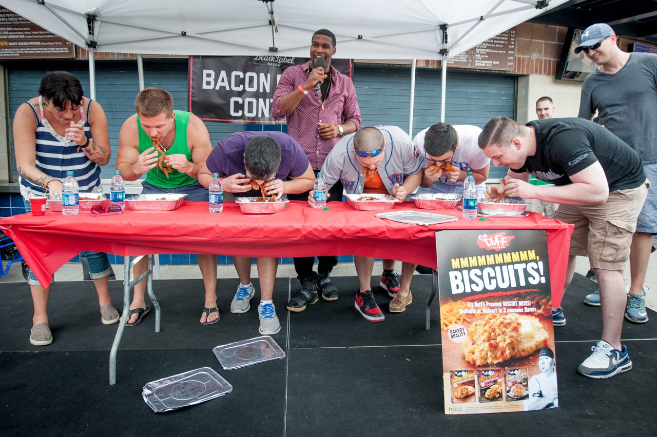 → GAMES & CONTESTS - From the bacon eating contest to giant jenga and more, we got you covered on the BBQ vibe.
