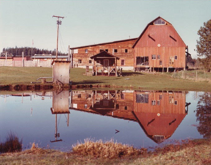 Kesey Barn w pond reflection for web.jpg