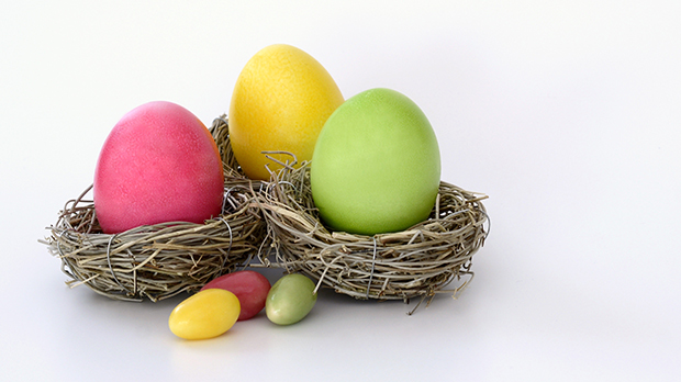 How to hop away from the Easter egg bloat - EASTER — it's choc eggs and hot cross buns ahoy. All wrapped up in a three day break. But Dr Nick Fuller has some tips on how to beat the bloat this Easter long weekend.