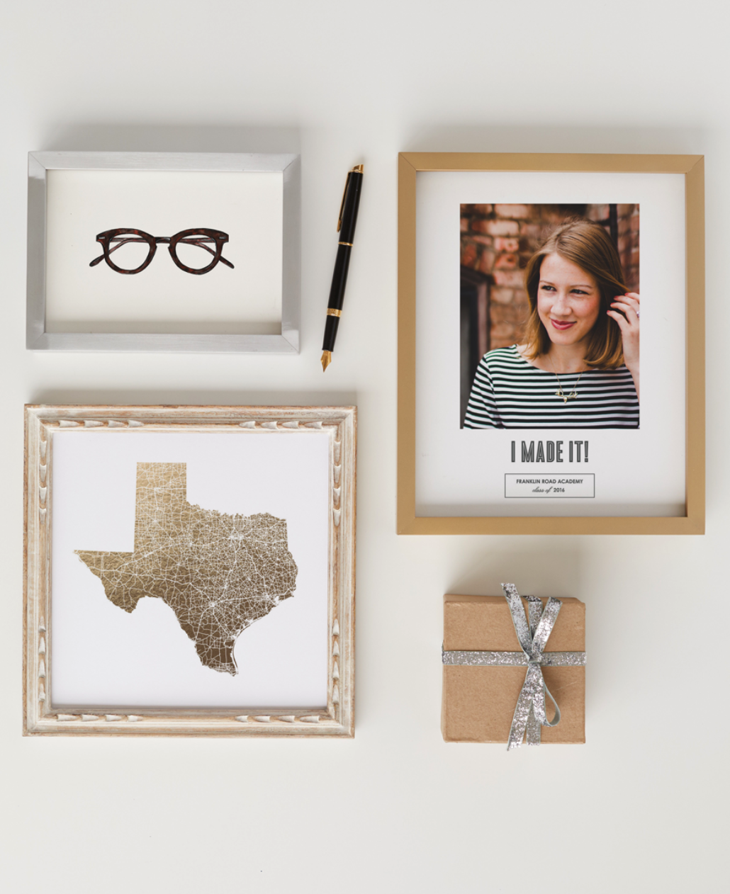 Look at all of these fun custom  art gifts  perfect for the holidays!