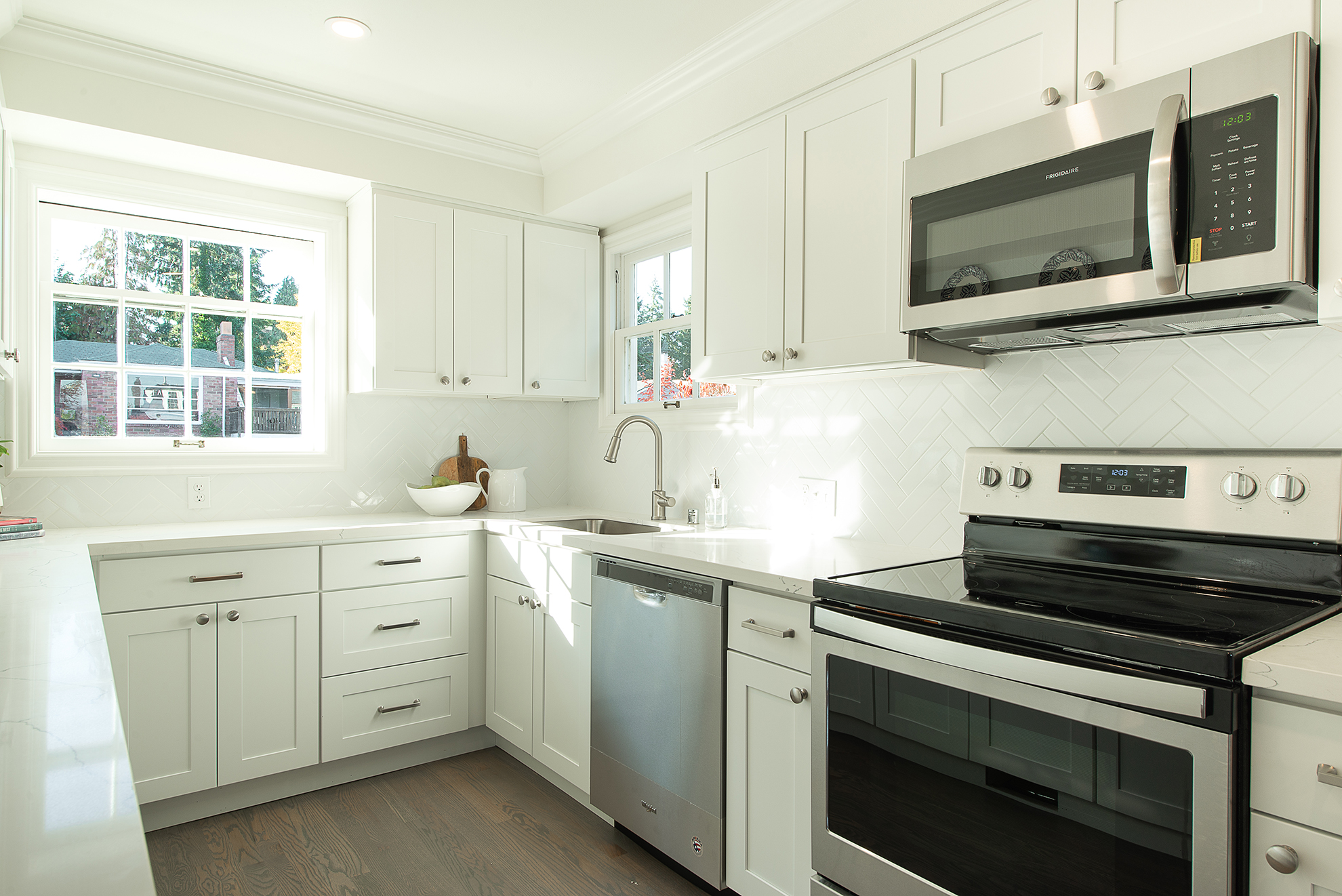The backsplash is classic and clean.