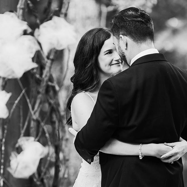 Working on Grace & David's wedding, and I love the way they gaze into each other's eyes. 💖 . . . . #kaletsgetmarried #maiseltov #kelliguthriephotography #theknot #theknotweddings #thesincerestoryteller #ppa #alwedding #alweddings #alweddingphotographer #weddinglovebug #thatsdarling #southernweddings #southernbride #blackandwhiteisworththefight