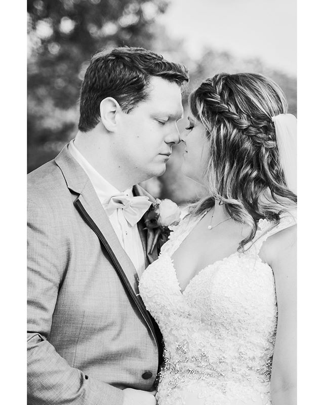 The moment right before a kiss is usually the hottest... 🔥#amyandandy 💖 . . . #kelliguthriephotography #theknot #theknotweddings #thesincerestoryteller #ppa #blackandwhiteisworththefight #huntsvilleal #alweddings #southernbride #alweddingphotographer #southernweddings #thatsdarling #weddinglovebug