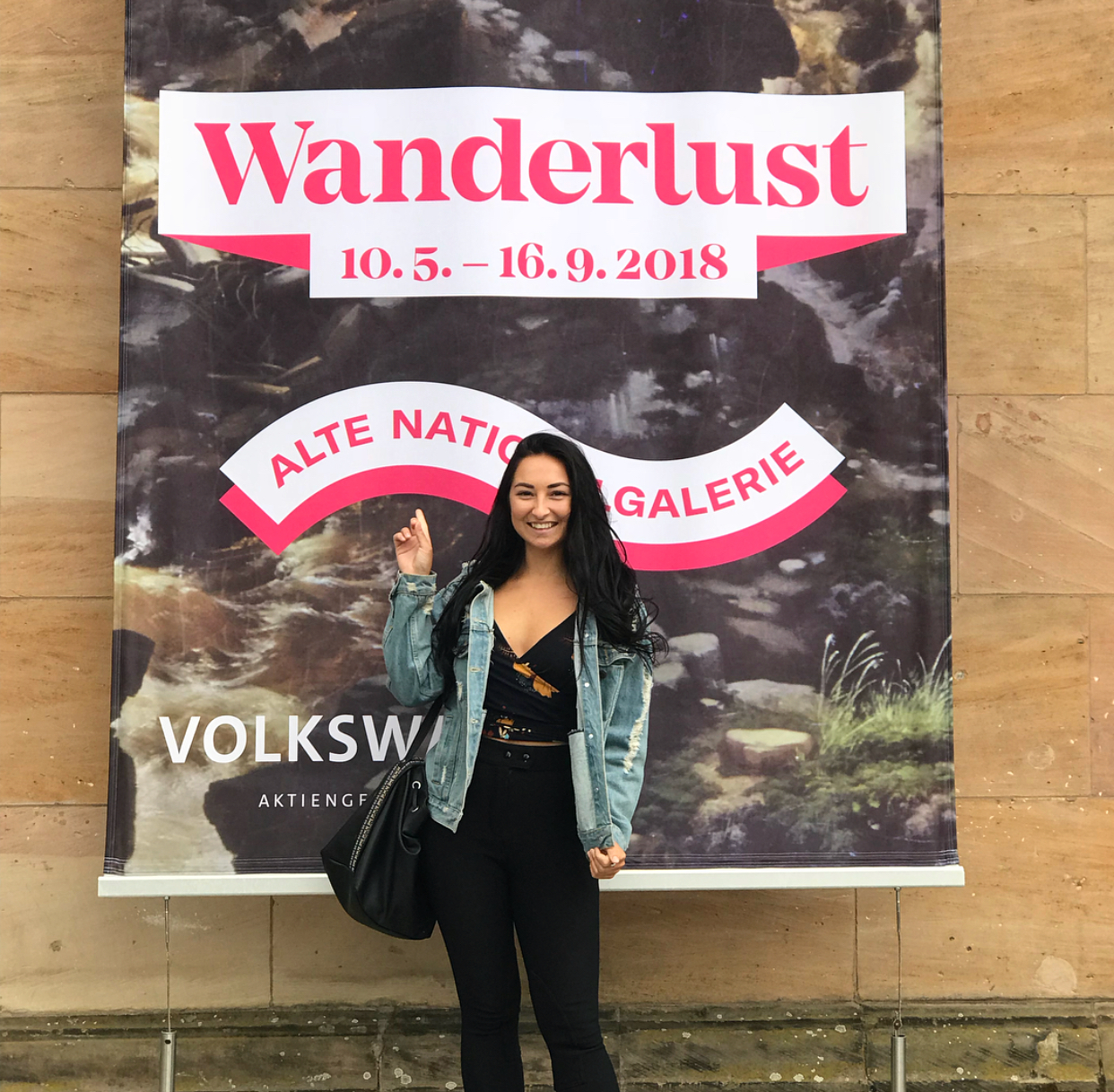 Ich habe Wanderlust (I have the desire to travel).