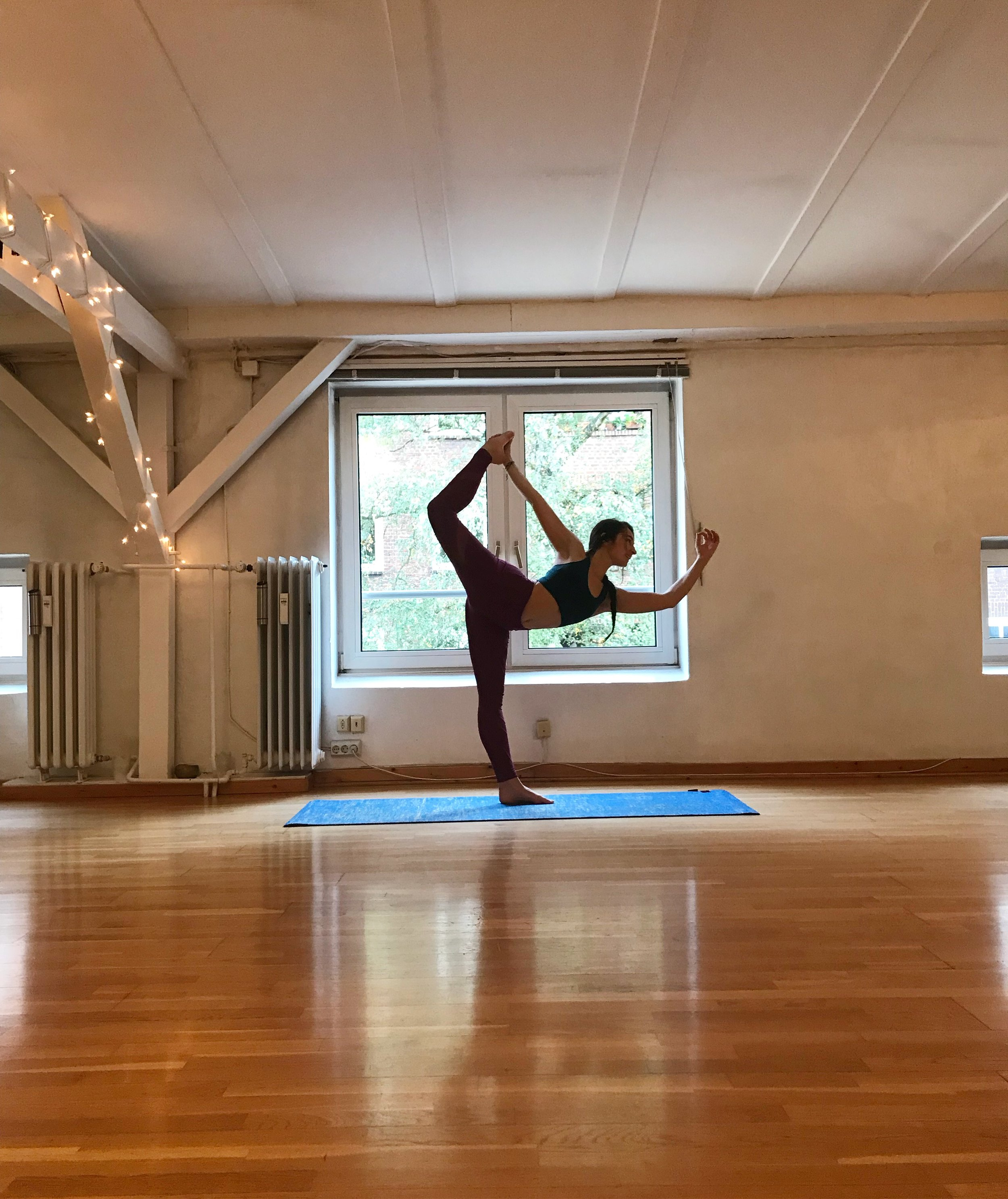I accidentally (but divinely) ended up as a sub yoga teacher for Yoga Connection in Hamburg.