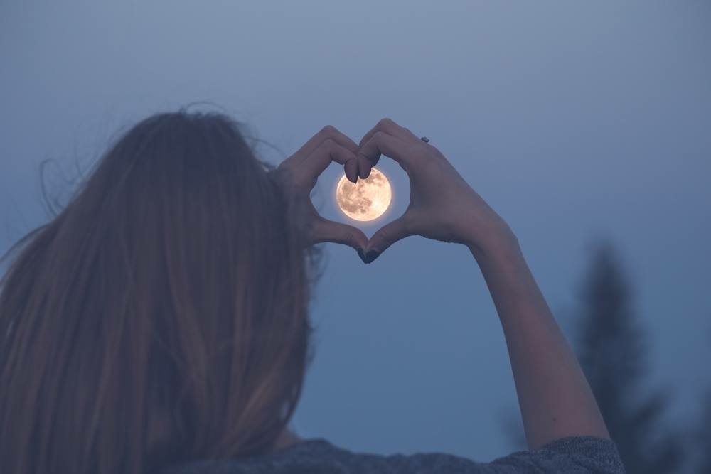 If you're in Hamburg, come and join in for my Women's Full Moon Circle event at Urban Yoga.