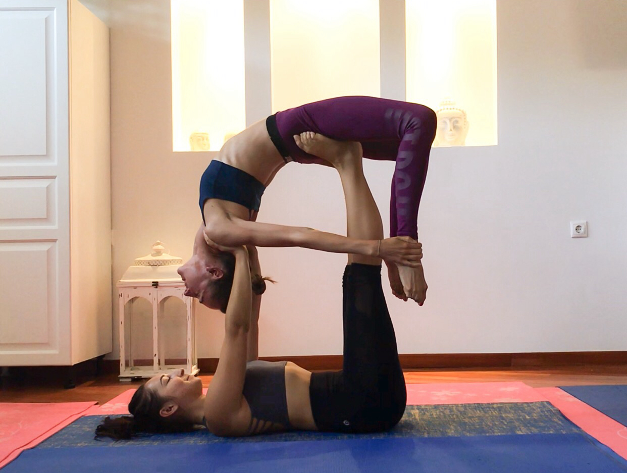 Acro yoga with Clémence in Mykonos (we didn't have any photos from Hamburg).