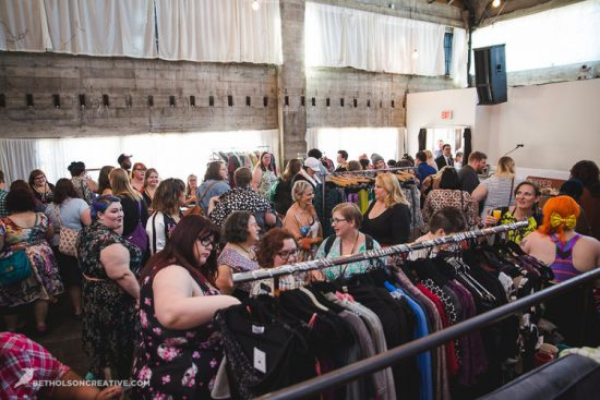 Knock-Out-Plus-Size-Event-Holocene-Portland-Commercial-Photography-BethOlsonCreative-053-1-2-550x367.jpg