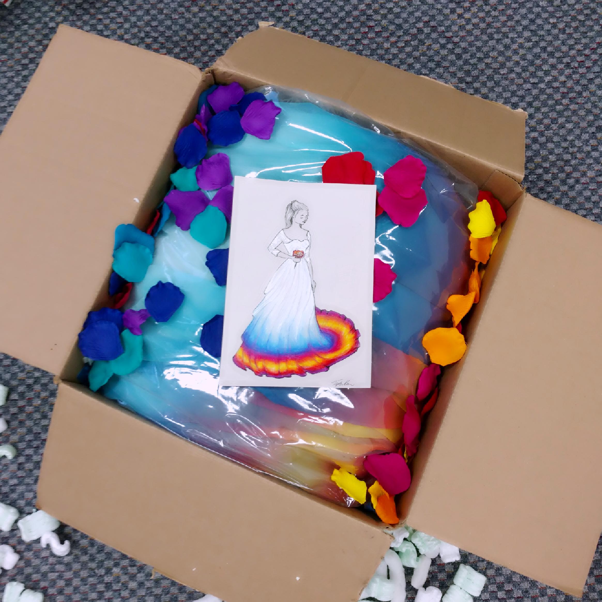 Shipping-Wedding-Dress-Package-Un-Boxing