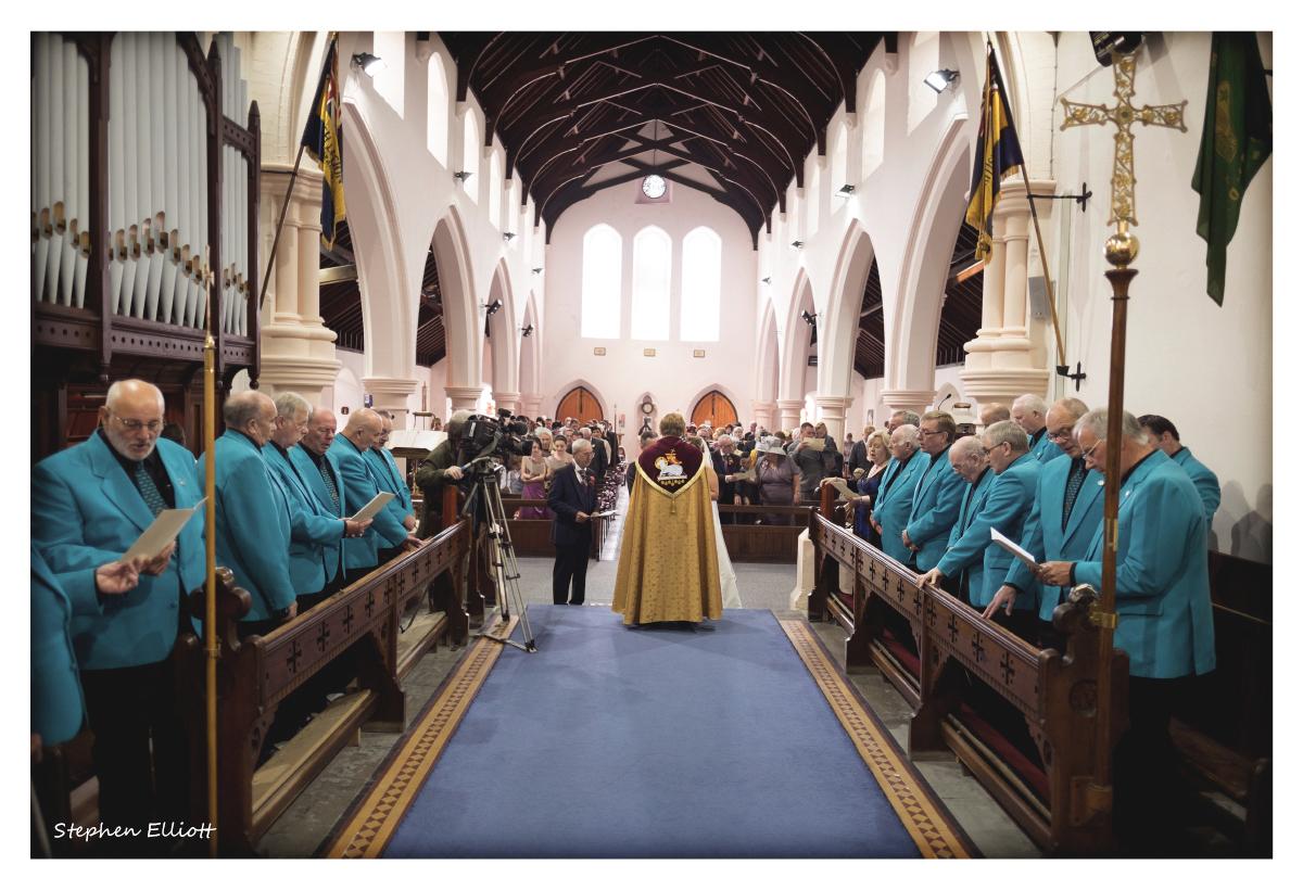 wedding_choir.jpg