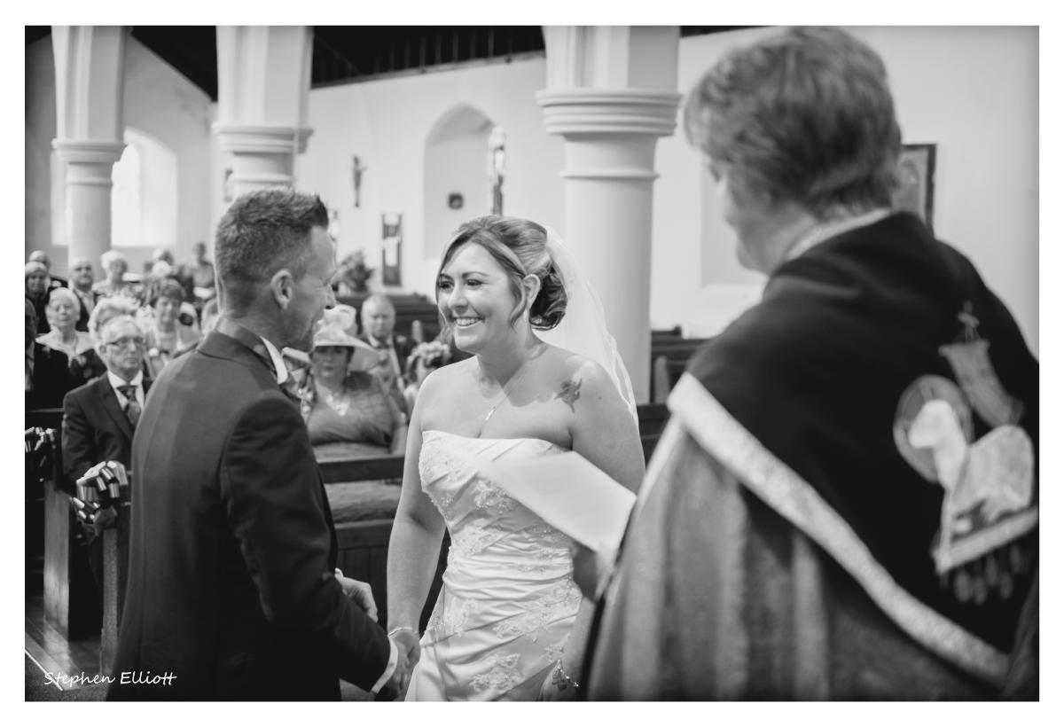 bride_groom_church.jpg