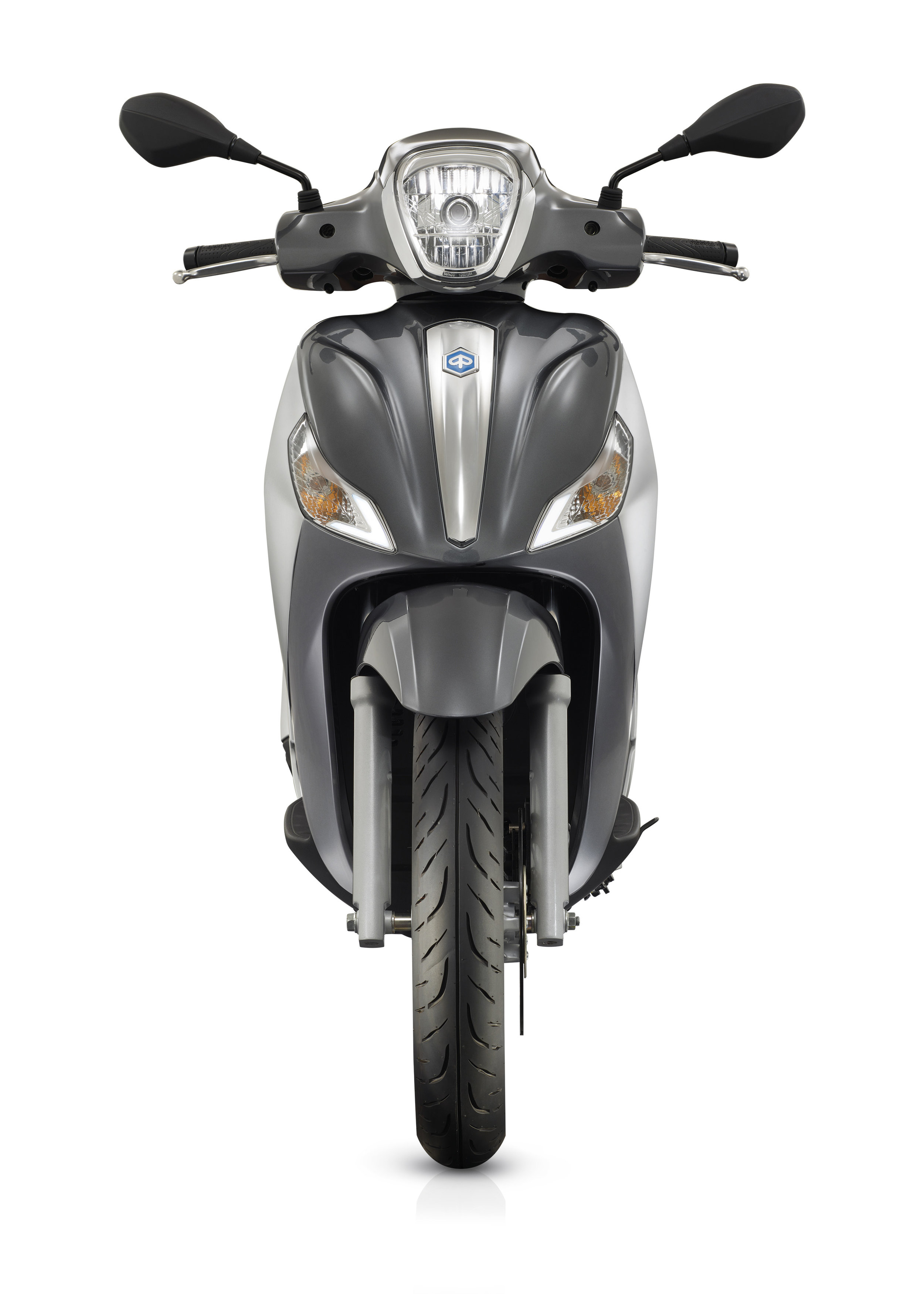 Piaggio Medley 125 equipped lateral dx 11.jpg