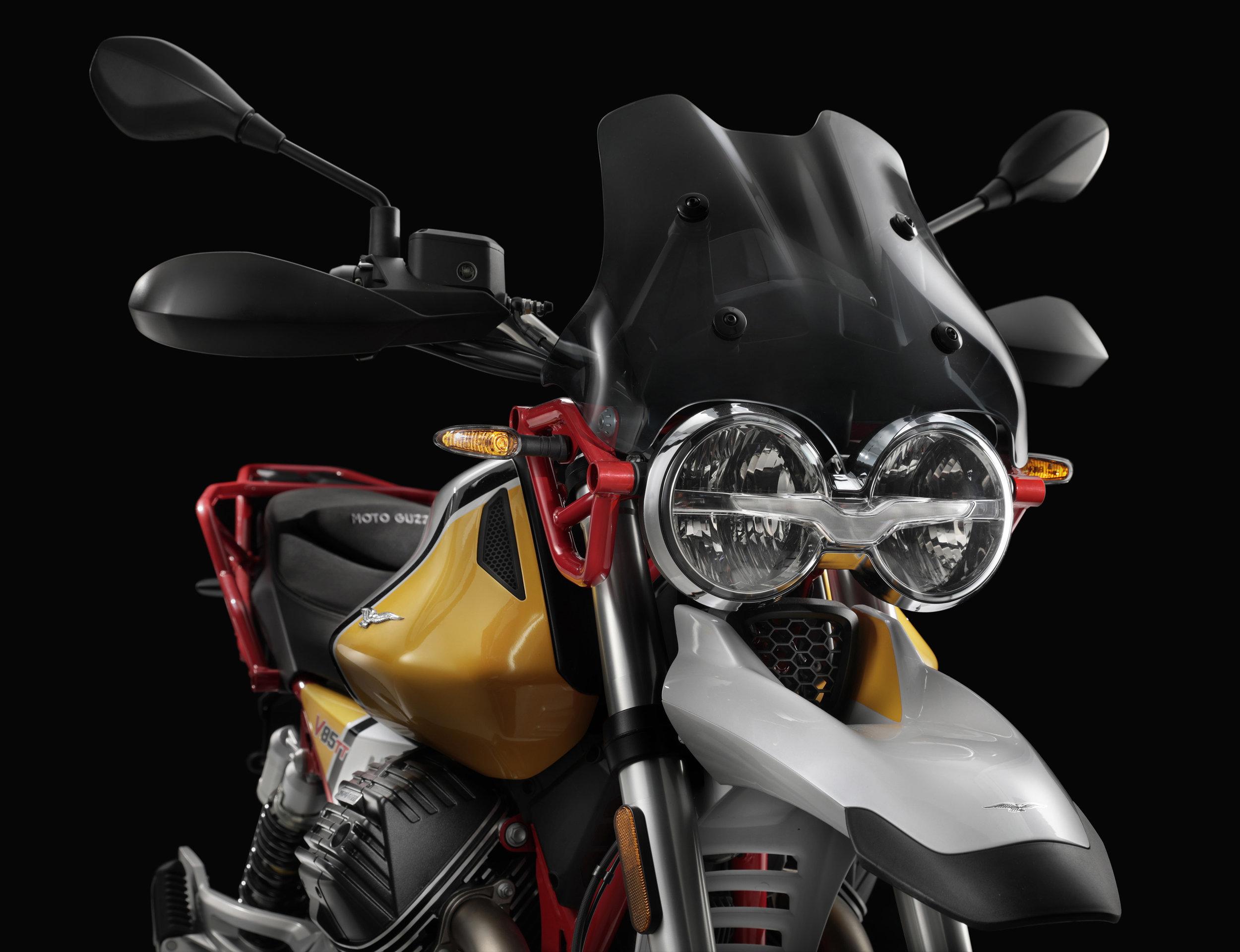 21 Moto Guzzi V85 TT.jpg