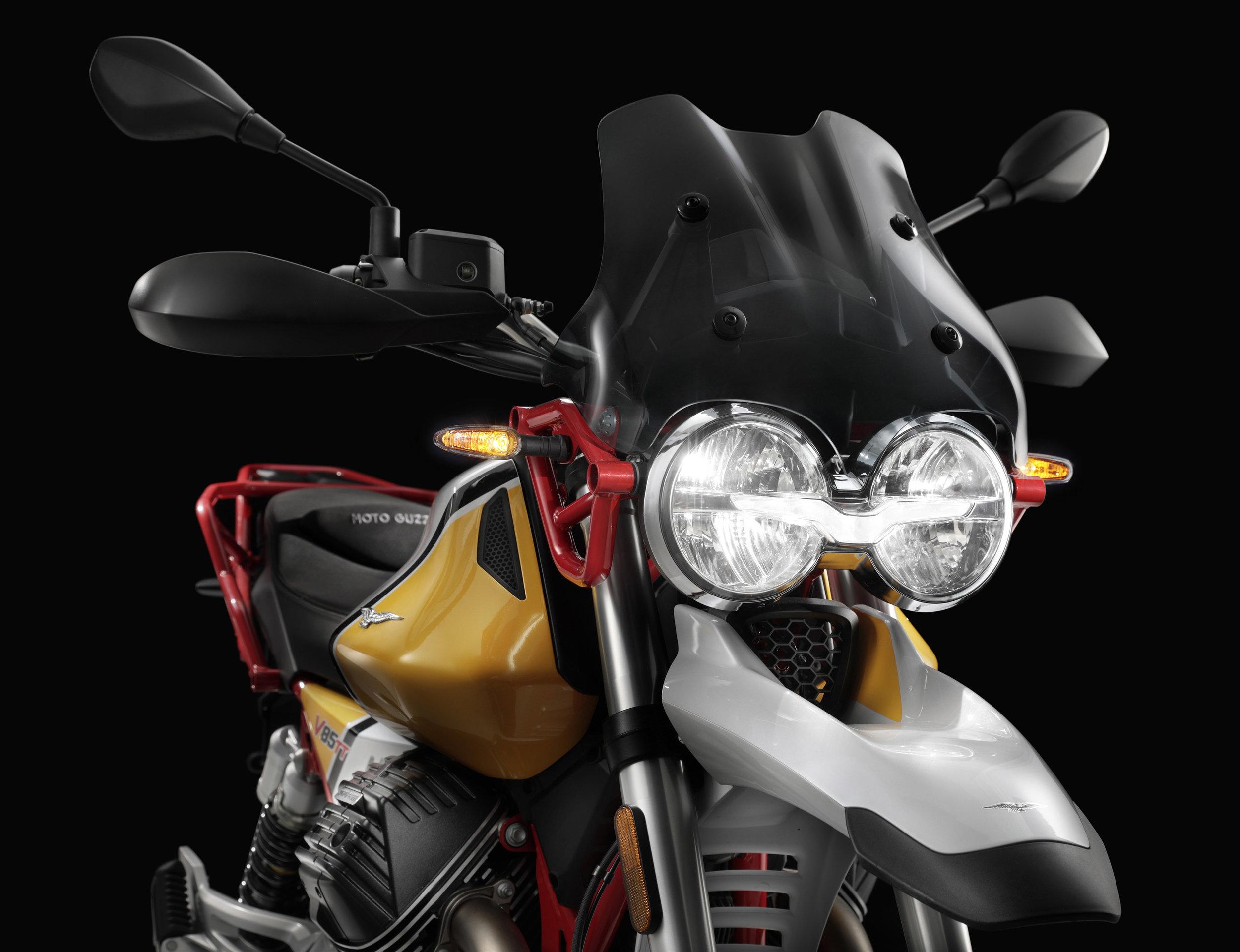 20 Moto Guzzi V85 TT.jpg