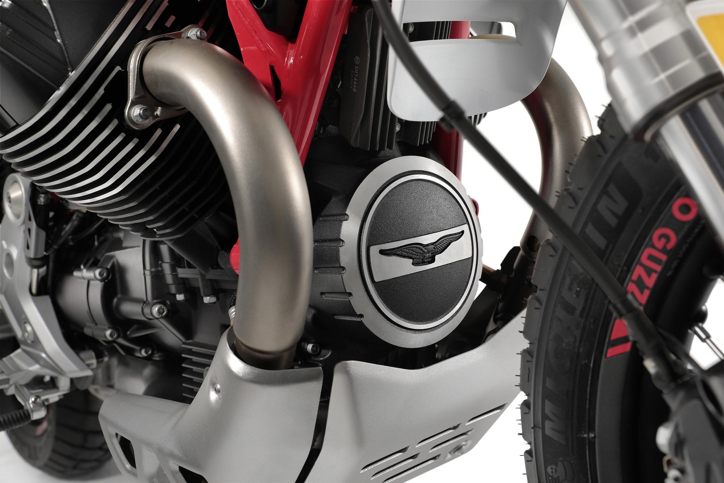 27 Moto Guzzi V85 TT.jpg