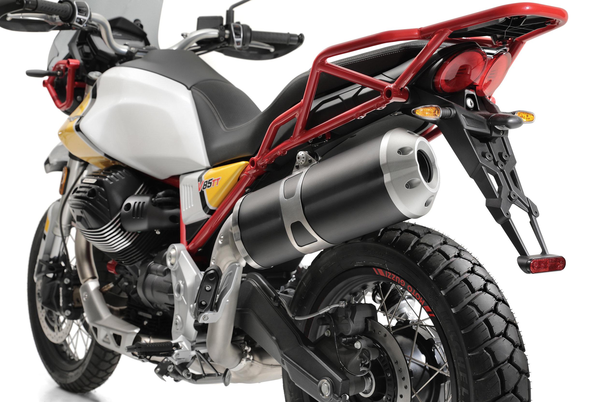 26 Moto Guzzi V85 TT.jpg