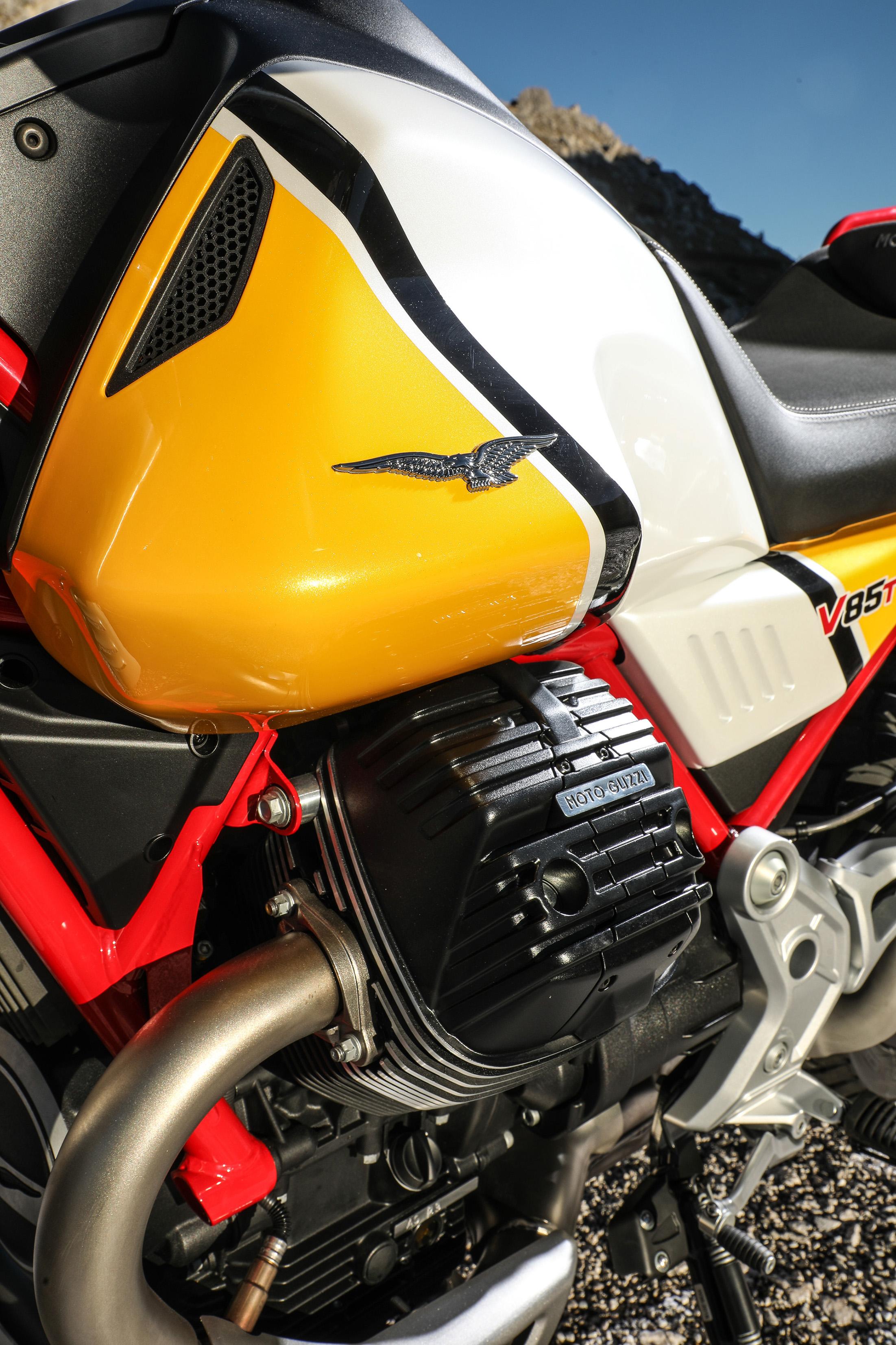 33 Moto Guzzi V85 TT.jpg
