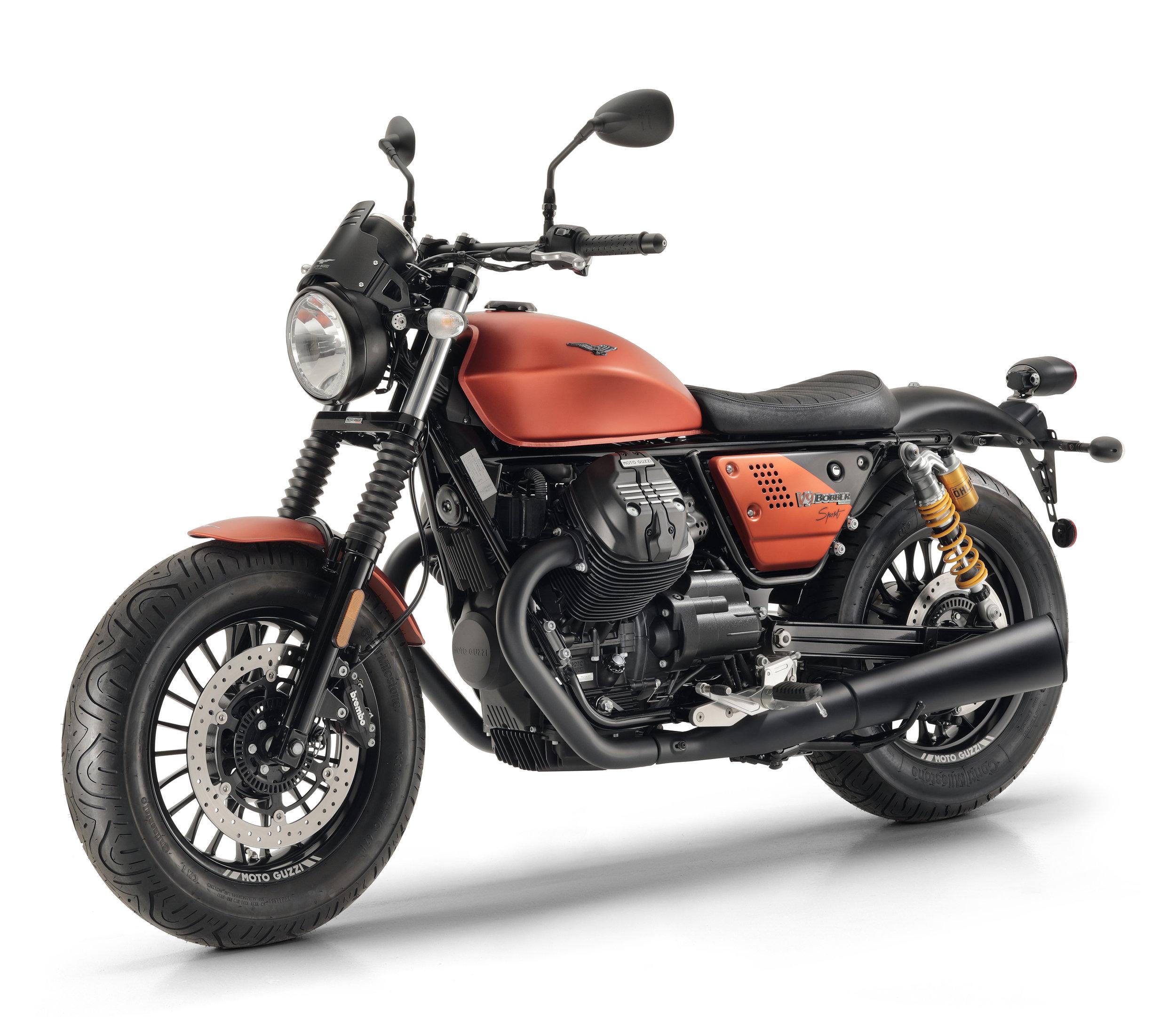 Moto Guzzi V9 Bobber Sport 3.jpg
