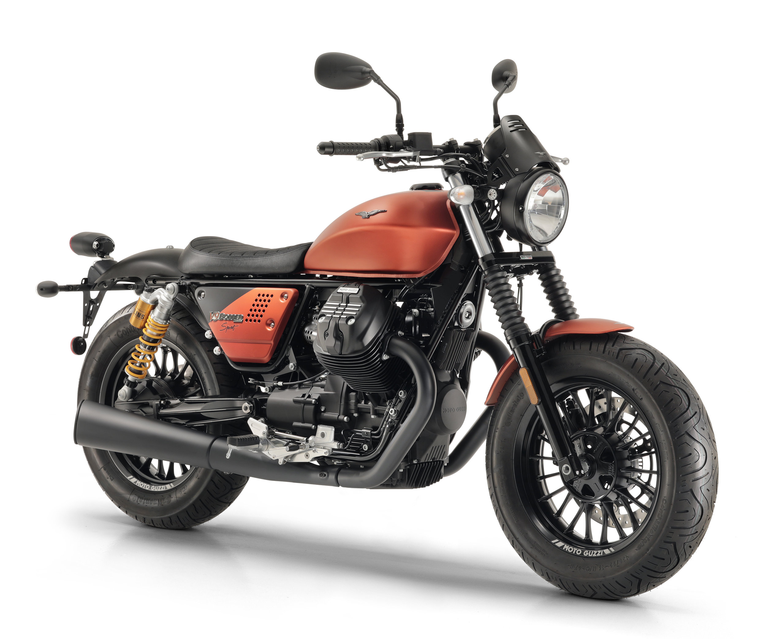 Moto Guzzi V9 Bobber Sport 4.jpg