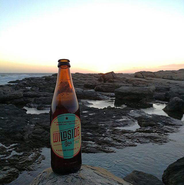 Wild side dreaming 👌🏻🙌🏻🌞🍻🍺 #wildside #stfrancisbayvibe #stfrancisbrewing #stfrancisbay #capestfrancis #beerstagram #beachlife #oceanlover #coastalpeople #beerstagram #beerandfood #beertasting #beer
