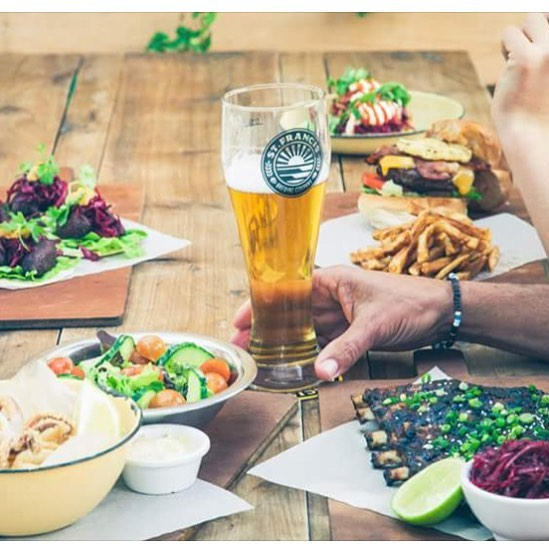 How could you possibly say no to a feast like this 🍺🙌🏻🌮🍔🍤🧀 #stfrancisbayvibe #stfrancisbrewing #stfrancisbay #capestfrancis #beerstagram #feast #beerandfood #weekendfeast #stfrancisbrewing #stfrancisbayvibe #stfrancisbeer #stfrancisbay #stfrancis