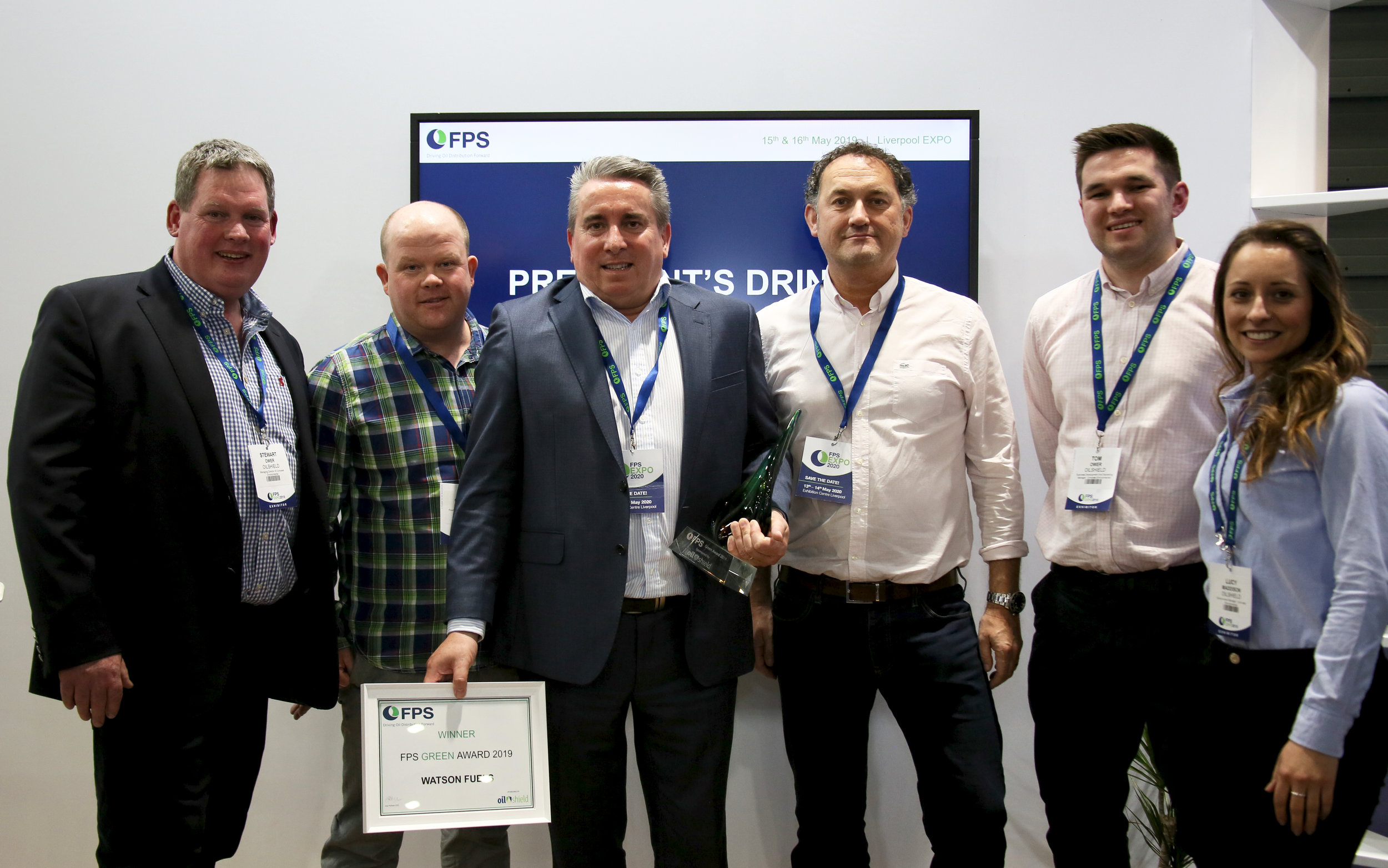 The Oilshield team present Bob Taylor, Managing Director at World Fuel Services - Land (UK), with the FPS Green Award, sponsored by Oilshield.