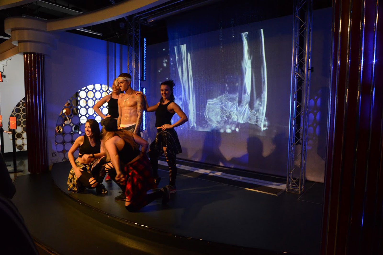 madame-tussauds-fashion-week-2.jpg